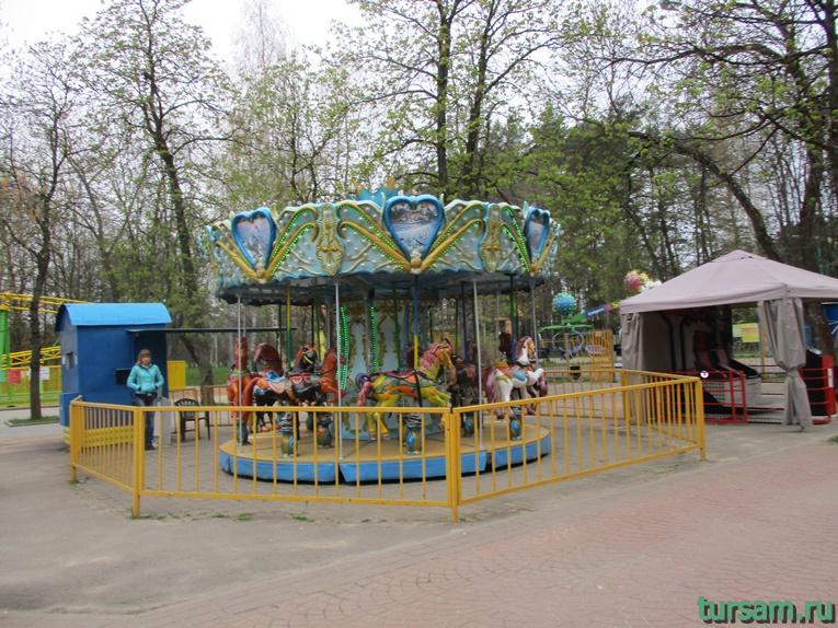 attrakciony-v-parke-imeni-chelyuskincev-11