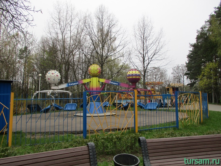 attrakciony-v-parke-imeni-chelyuskincev-12