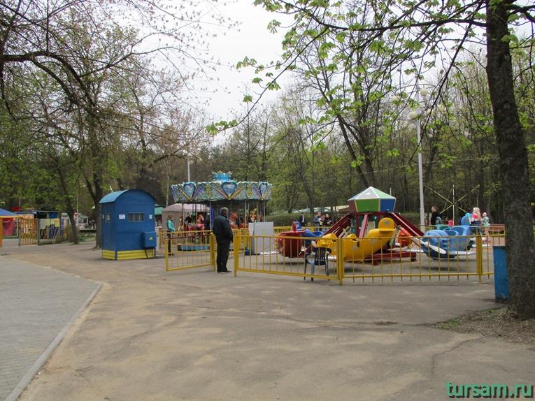 attrakciony-v-parke-imeni-chelyuskincev-8