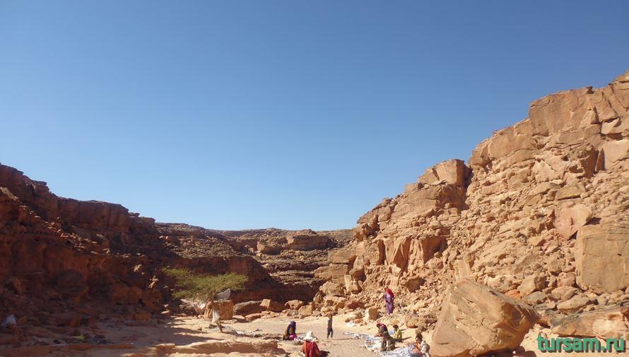Бедуины в цветном каньоне