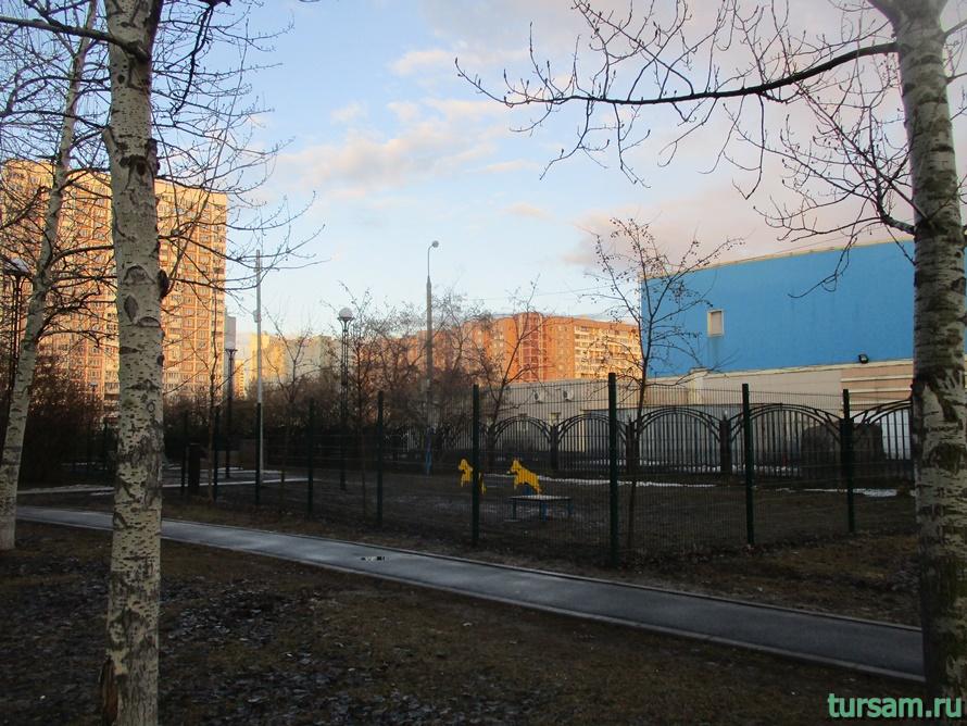 Братиславский парк в Москве-17