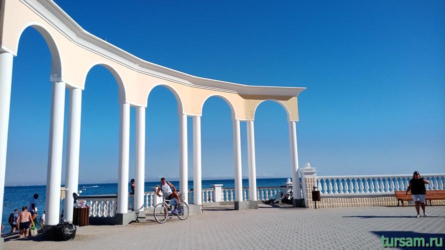 Центральный пляж Евпатории-1
