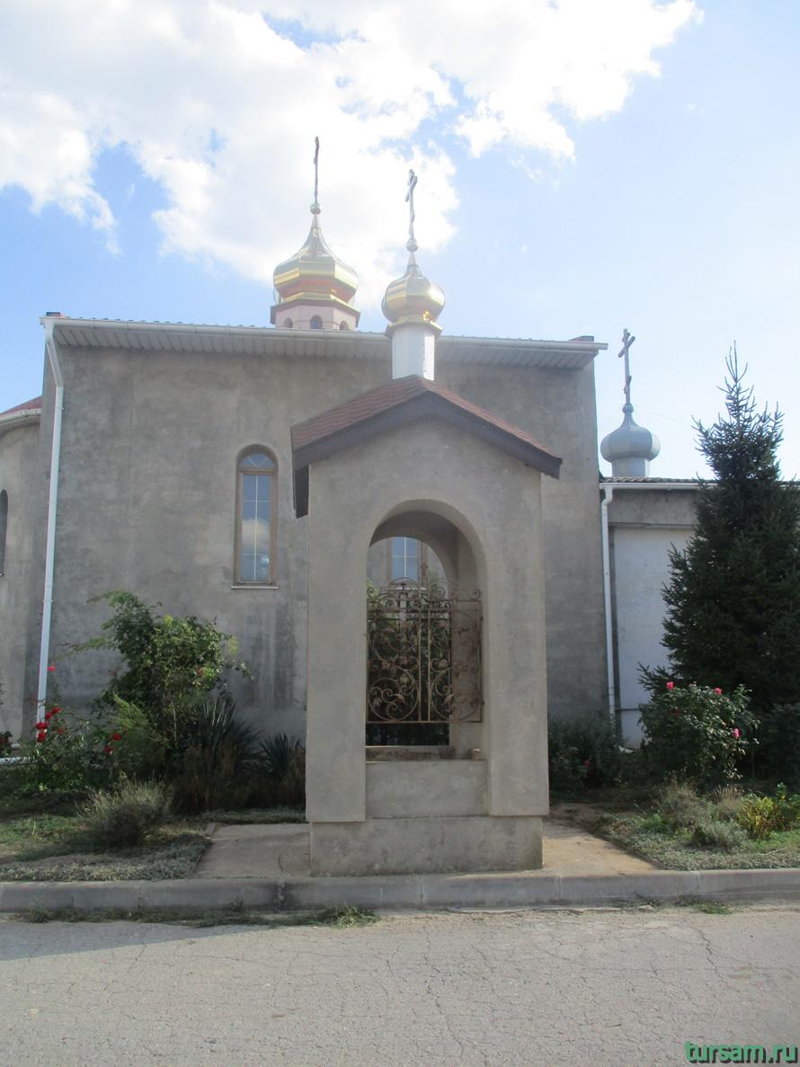 Церковь священномученика Порфирия в Заозерном-2