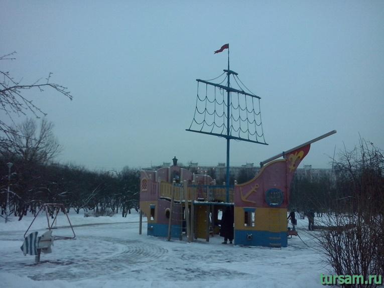 Детская площадка в парке Ангарские пруды-3