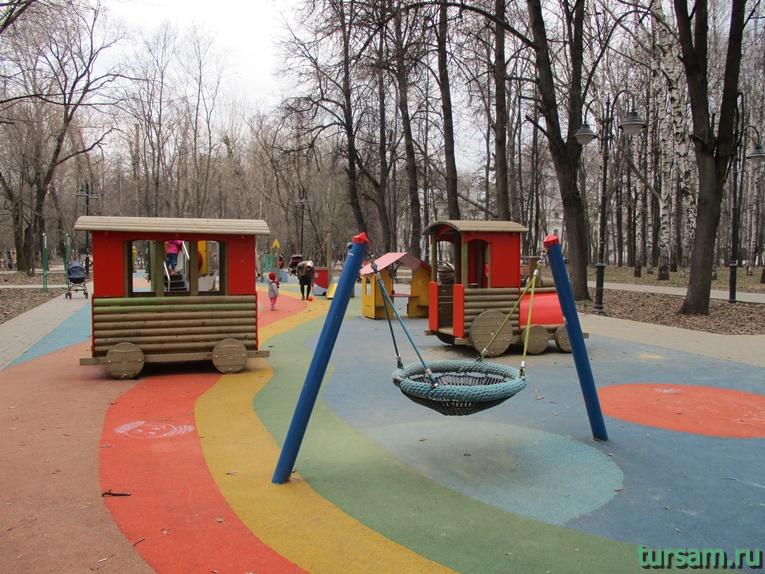 Детская площадка в парке имени Воровского-2