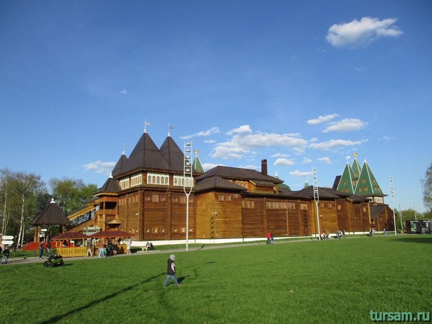 Дворец царя Алексея Михайловича в Коломенском-2