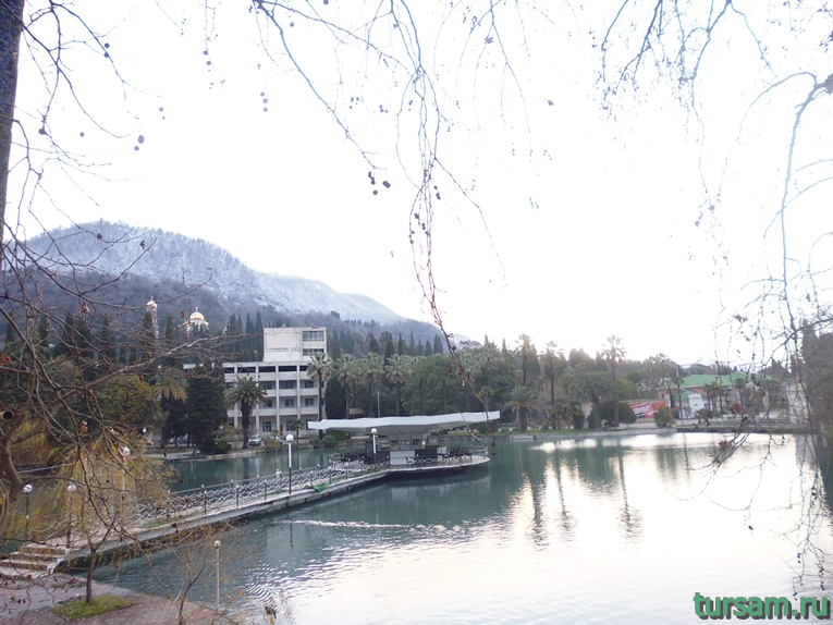 Фото монастырских прудов-3
