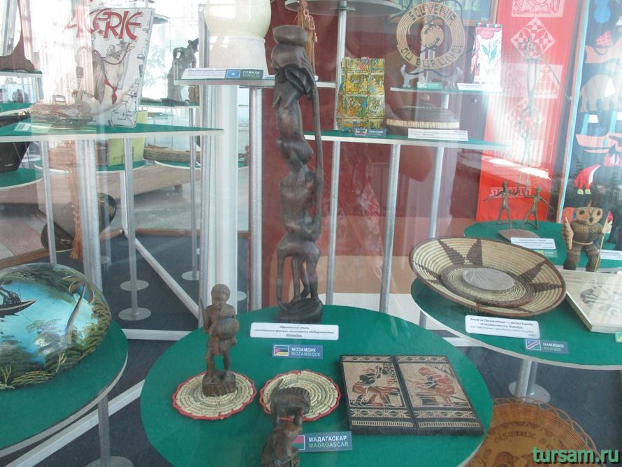 Фото музея Дерево Дружбы в Сочи-11