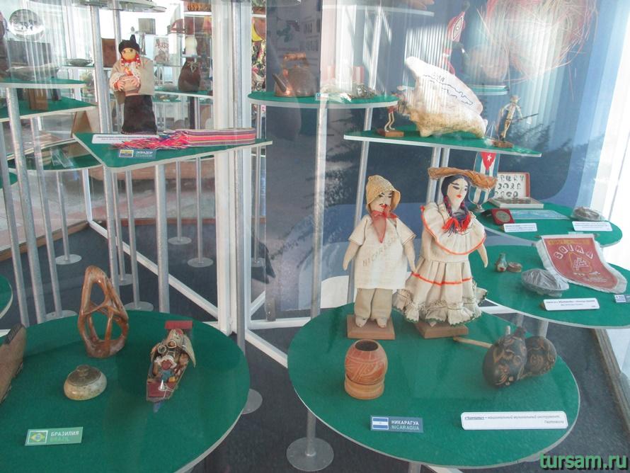 Фото музея Дерево Дружбы в Сочи-9