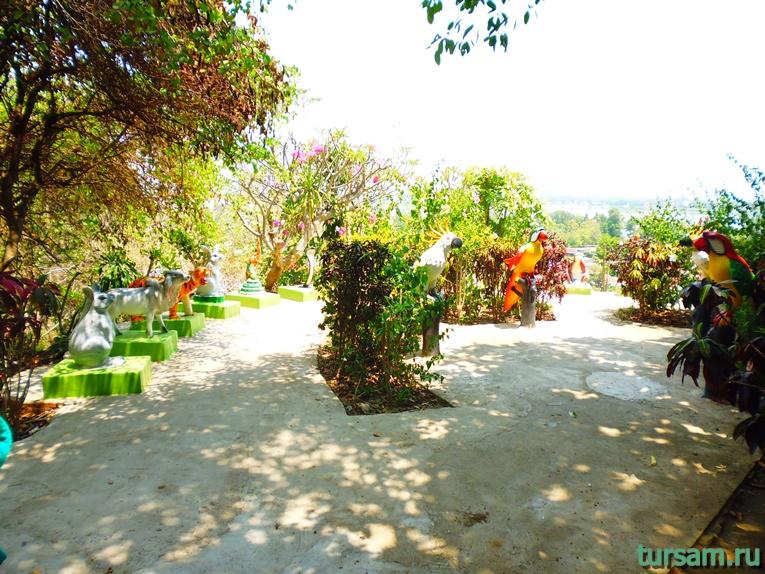 Фото на территории храма Тигра №5