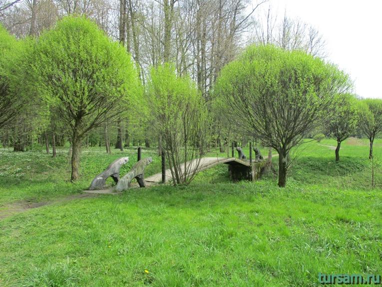 Фото на территории одного из ландшафтных парков рядом с Несвижским замком-14