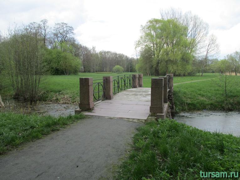 Фото на территории одного из ландшафтных парков рядом с Несвижским замком-24