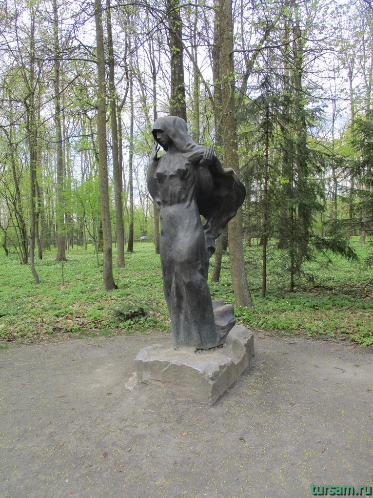 Фото на территории одного из ландшафтных парков рядом с Несвижским замком-28