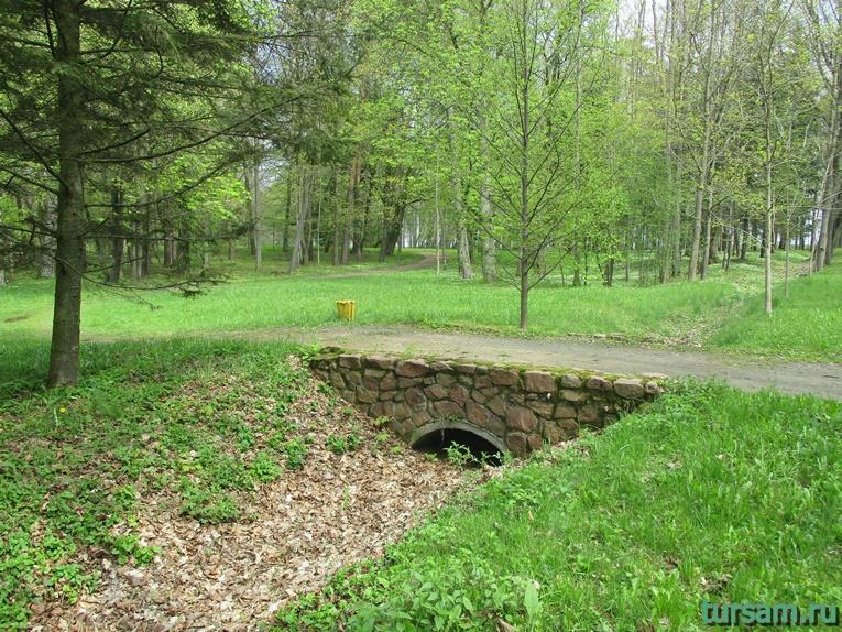Фото на территории одного из ландшафтных парков рядом с Несвижским замком-5