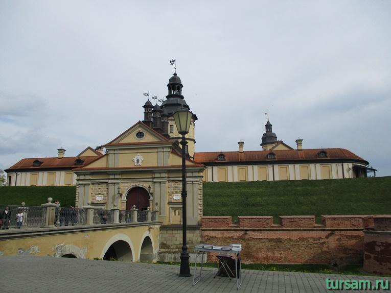 Фото Несвижского замка-2