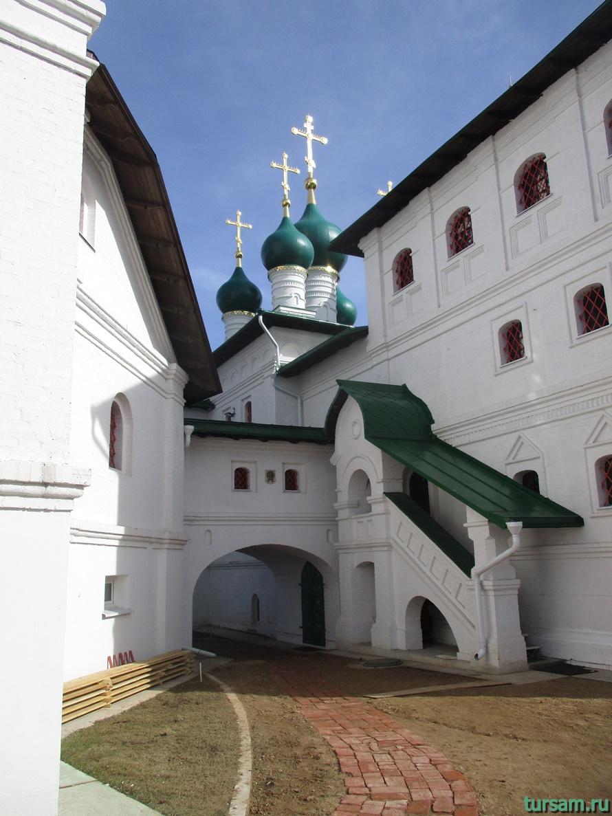 Храм Николая Чудотворца в Никулино-5