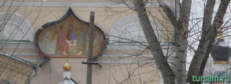 Храм Живоначальной Троицы в Кожевниках-4