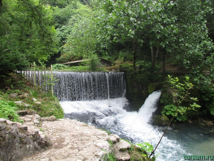 Историческое ущелье на реке Псырдсха-12