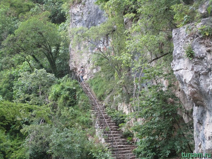 Историческое ущелье на реке Псырдсха-26