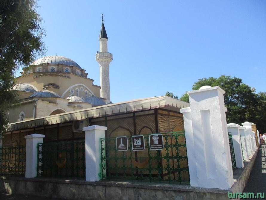 Мечеть Джума-Джами в Евпатории-1
