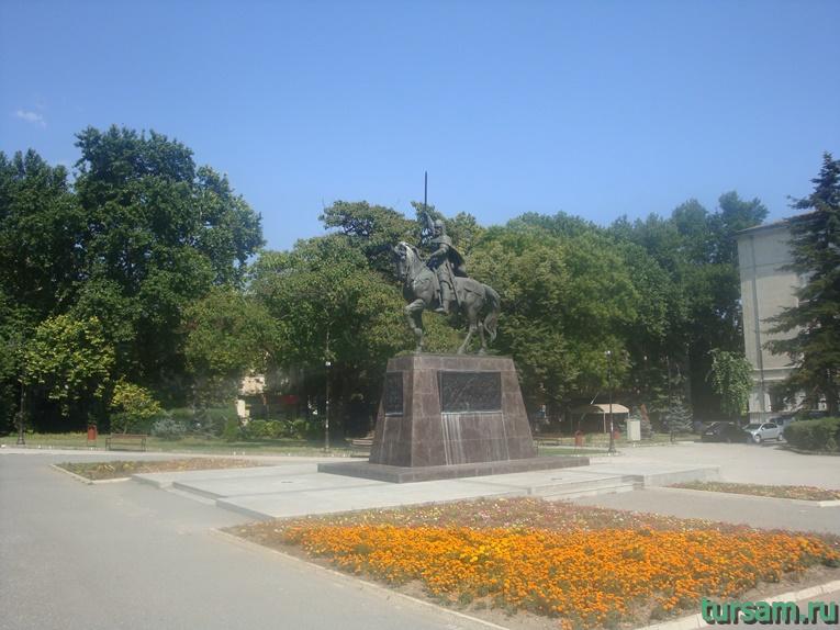 Памятник царю Калояну в Варне
