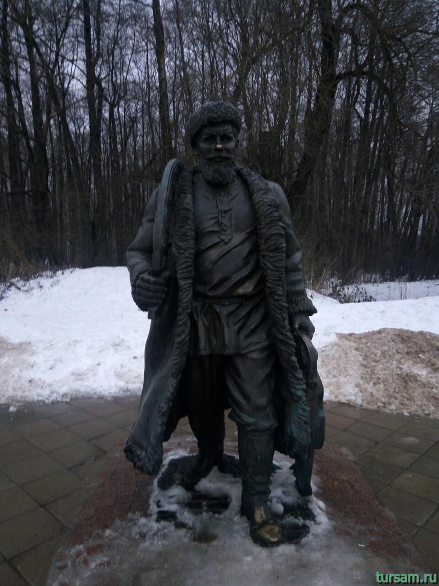 Памятник ямщику в Терлецкой Дубраве