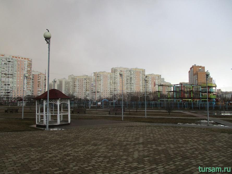 Парк имени Артема Боровика в Москве-1