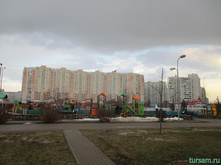 Парк имени Артема Боровика в Москве-5