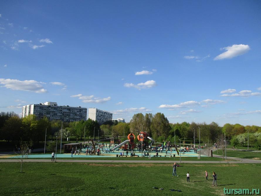 Парк Садовники-24