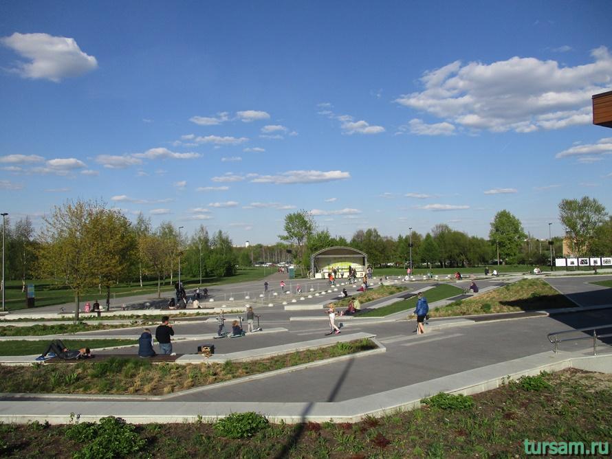 Парк Садовники-9