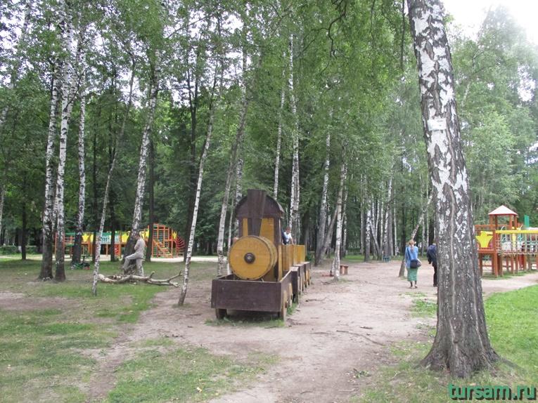 Паровозик в парке имени М.И. Калинина в городе Королев