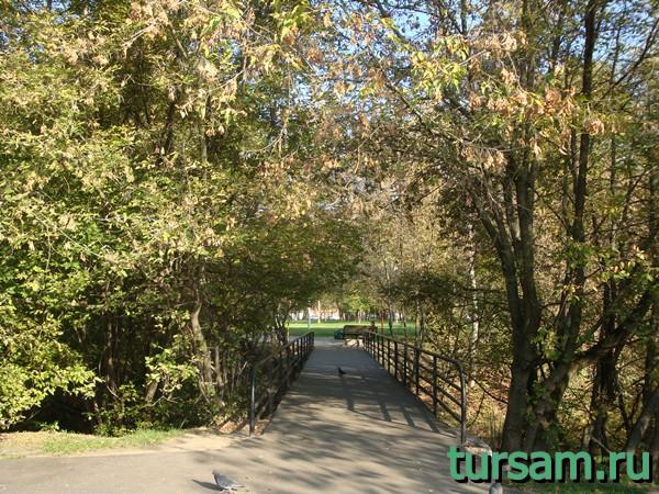 Пешеходный мост №2 на территорию усадьбы Измайлово