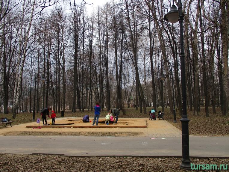 Песочница в парке имени Воровского