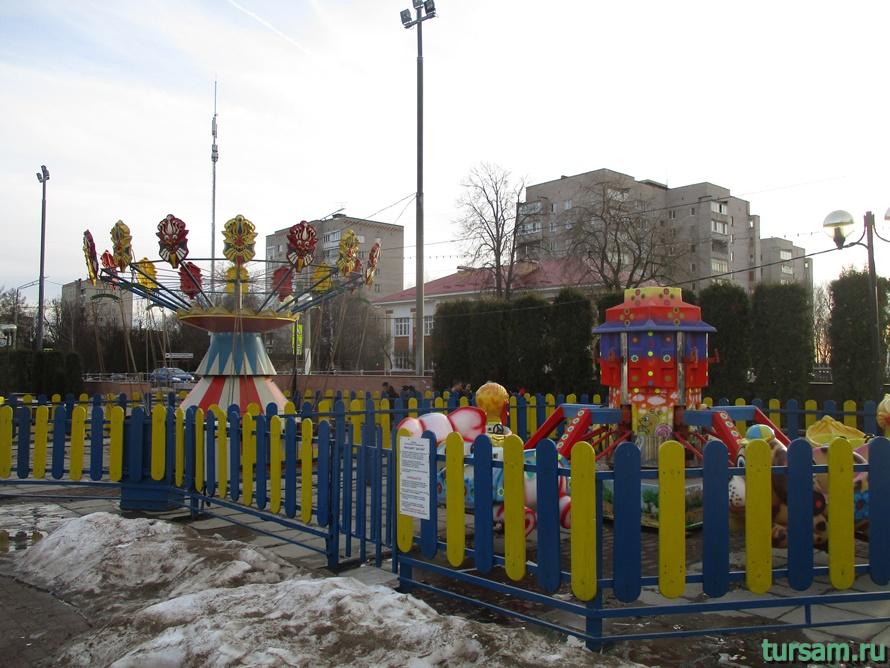 Площадь Дружбы в Истре-9