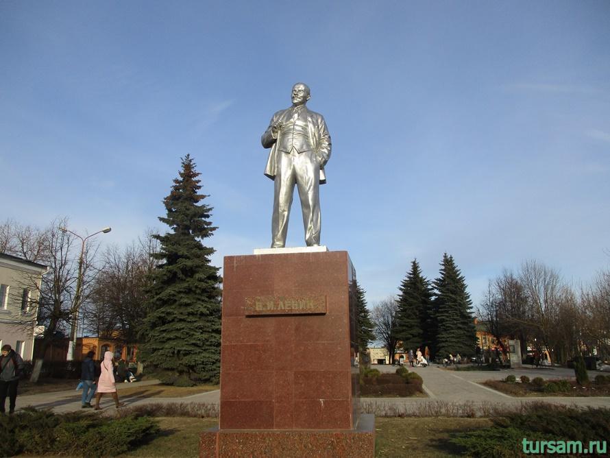 Площадь Революции в Истре-1