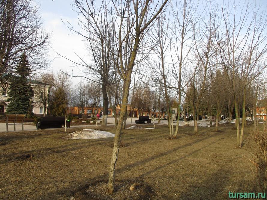 Площадь Революции в Истре-4