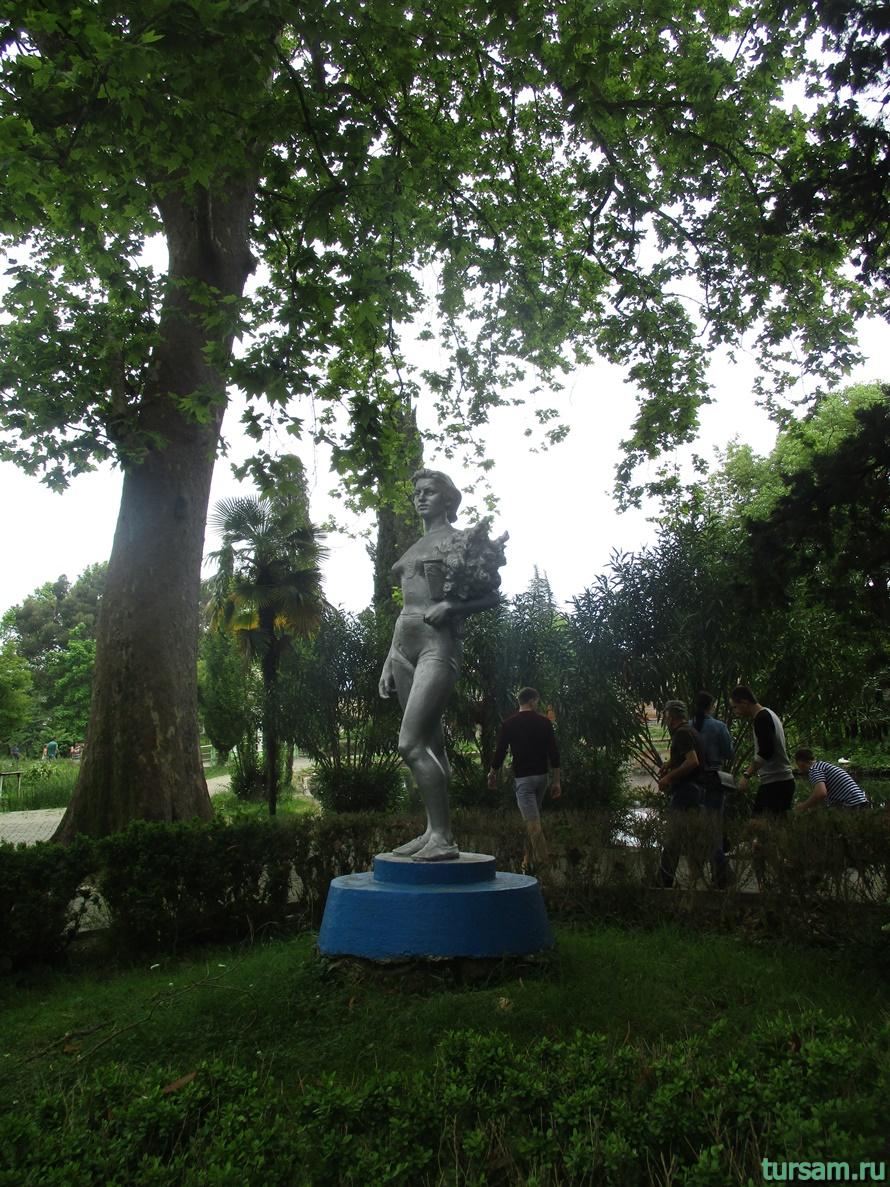 Приморский парк в Новом Афоне в Абхазии-19