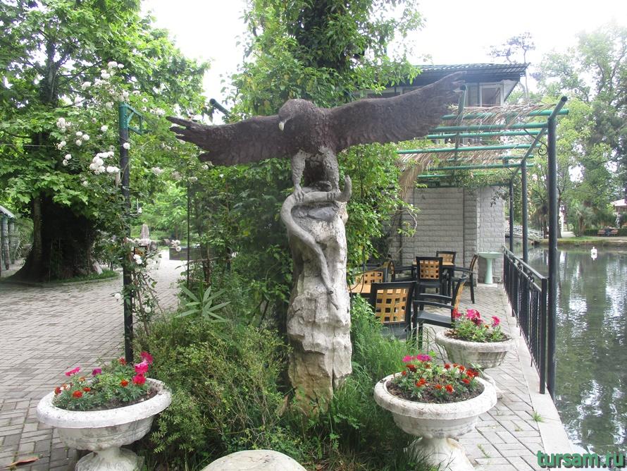 Приморский парк в Новом Афоне в Абхазии-24