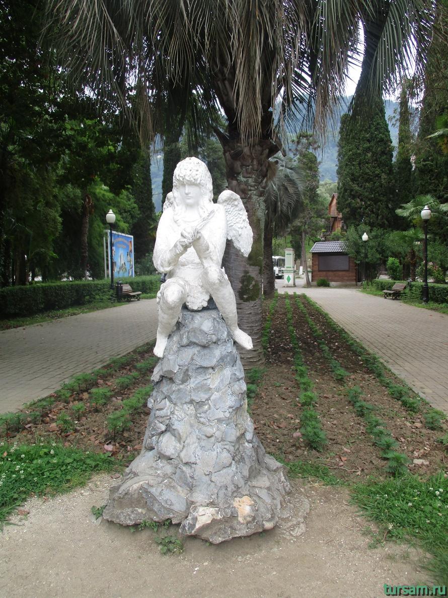 Приморский парк в Новом Афоне в Абхазии-28