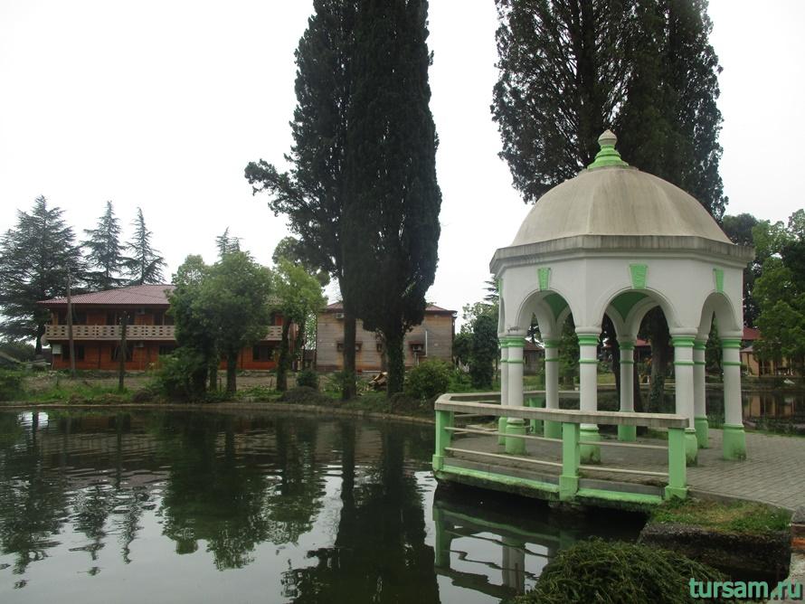 Приморский парк в Новом Афоне в Абхазии-9