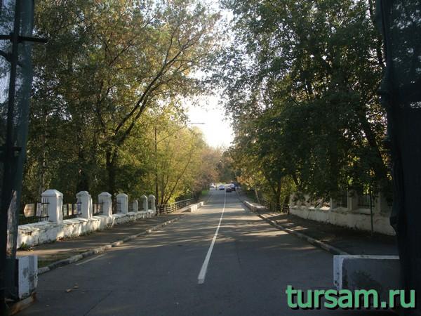 Проездной мост на территорию усадьбы Измайлово