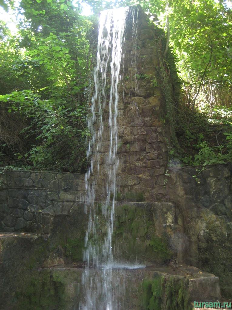 """Рукотворный водопад рядом с родником """"Наташа"""" №6"""