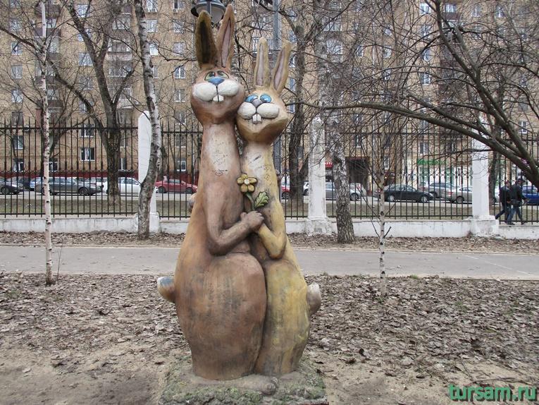 Скульптура в парке имени Воровского-2