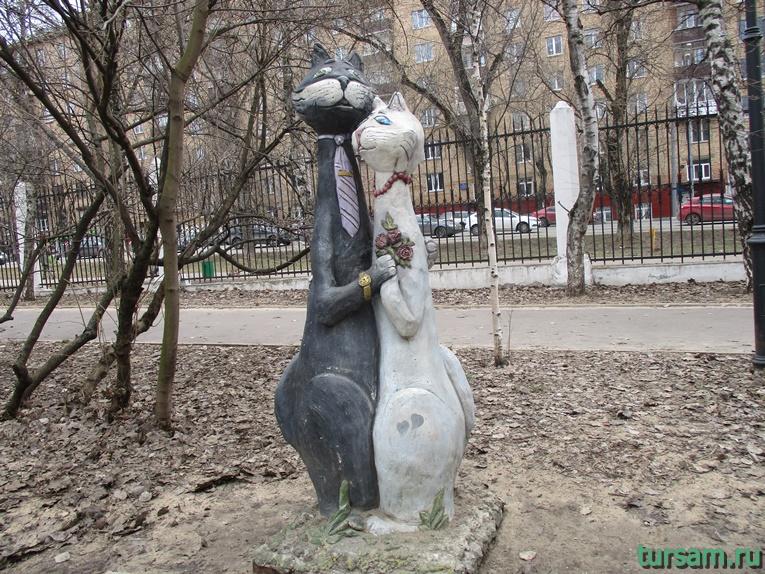 Скульптура в парке имени Воровского-3