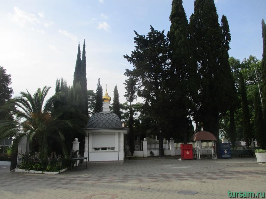Собор Архангела Михаила в Сочи-6