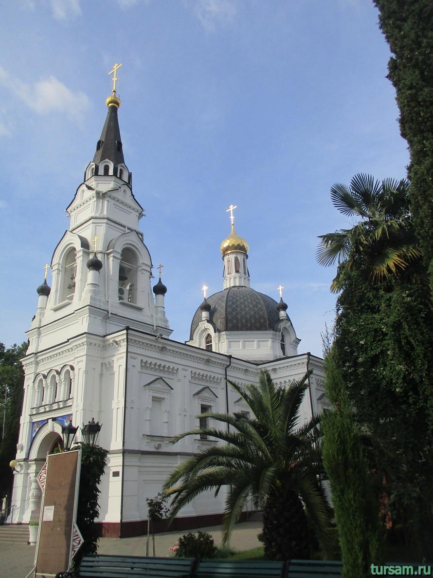 Собор Архангела Михаила в Сочи-8