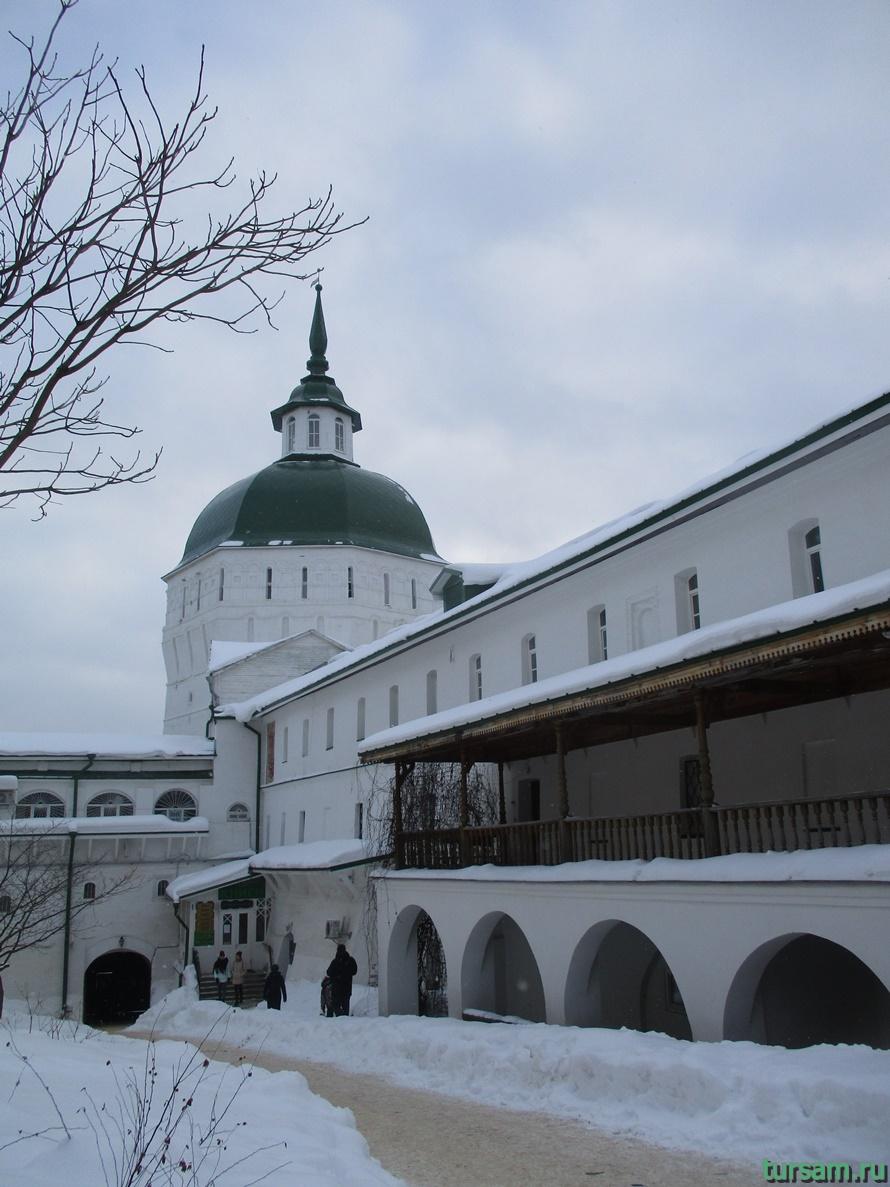 Свято-Троицкая Сергиева Лавра-8