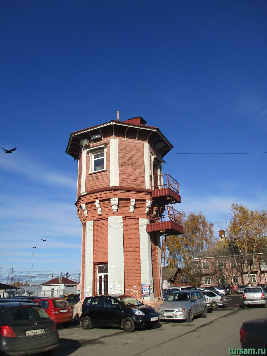 Водонапорная башня в Дмитрове-2
