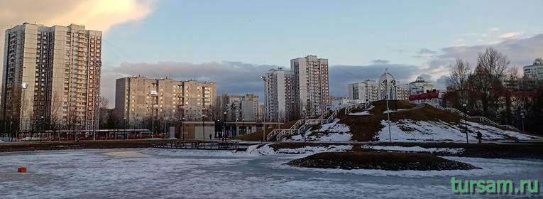 Братиславский парк в Москве