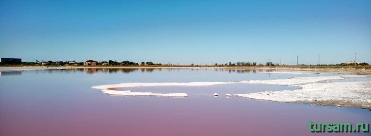 Розовое озеро в Заозерном